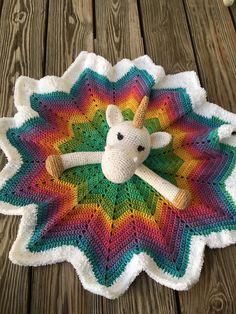 Unicorn Lovey 12 Point Star Blanket Crochet Lovey Free Pattern, Crochet Star Blanket, Crochet Unicorn Blanket, Crochet Security Blanket, Crochet Ripple, Crochet Stars, Lovey Blanket, Manta Crochet, Crochet Flower Patterns