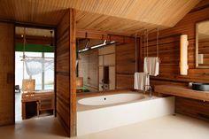 Tropical Resort With Sustainable Decor on Con Dao Island Warm Bathroom, Tropical Bathroom, Wooden Bathroom, Simple Bathroom, Bathroom Furniture, Bathroom Interior, Serene Bathroom, Shelf Furniture, Home Design