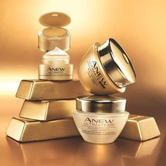 Our ANEW Ultimate Multi-Performance Collection is the gold standard in anti-aging! Experience the ultimate luxury skincare collection today.
