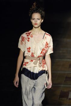 Dries Van Noten Spring 2006 Runway Pictures - StyleBistro