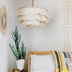 Designed by Justina Blakeney for Selamat, the Fela Tassel Chandelier is the ultimate in boho lighting vibes. It features a brass frame with off-white cotton tassels. Boho Decor Diy, Diy Home Decor, Room Decor, Home Lighting, Pendant Lighting, Light Pendant, Bohemian Lighting, Estilo Colonial, Boho Home