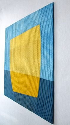 great modern mini quilt in solids - like the quilting on this one Small Quilts, Mini Quilts, Contemporary Quilts, Contemporary Artwork, Modern Quilting Designs, Quilt Modernen, Yellow Quilts, Miniature Quilts, Machine Quilting