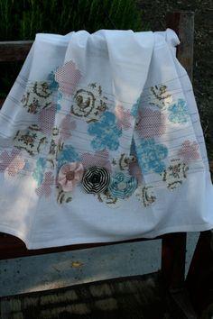 Stampin' Up!  Fabric Tea Towel  Elizabeth Price  Beau Chateau