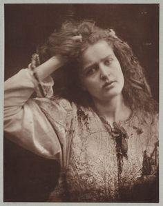 """Ophelia"" - Julia Margaret Cameron 1870"