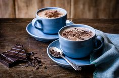 Indulge your inner chocoholic with these best chocolate recipes for chocolate cakes, bakes, puds and more. See more Chocolate recipes on Tesco Real Food. Hot Chocolate Recipe Vegan, Hot Chocolate Party, Best Hot Chocolate Recipes, Hot Chocolate Mix, Chocolate Lovers, Chocolates Gourmet, Sprouting Sweet Potatoes, Tesco Real Food, Chocolate Powder