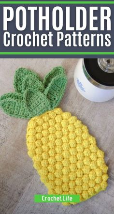 Create one or all of these crochet potholder patterns and crochet hot pad patterns to use in your own kitchen or gift to friends and family! Make crochet hot pads, crochet trivets, and crochet potholders to give as gifts or to use in your home. #Crochet #Crocheting #Potholder #HotPad #Trivet #CrochetPatterns Crochet Potholder Patterns, Crochet Dishcloths, Crochet Blankets, Quick Crochet Gifts, Easy Crochet, Crochet Hot Pads, Crochet Turtle, Crochet Pumpkin, Bobble Stitch