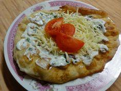 Jak připravit bramborové langoše | recept Vegetable Pizza, Mashed Potatoes, Pancakes, Chicken, Meat, Dinner, Vegetables, Cooking, Ethnic Recipes