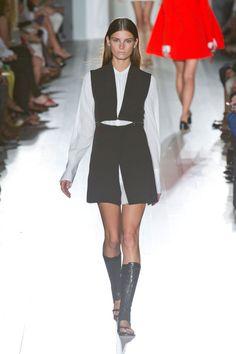 Victoria Beckham - New York Fashion Week Spring Summer 2013 - Marie Claire - Marie Claire UK Fashion Week, Fashion Show, Victoria Beckham News, Dresses For Work, Formal Dresses, Formal Outfits, Spring Summer Fashion, Runway, Menswear