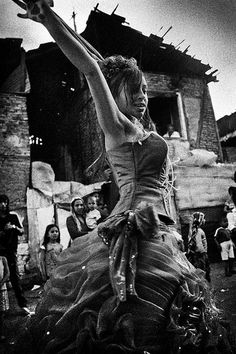 Turkish gypsy wedding 3 by Aine, via Flickr