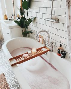 Home Decor Inspiration .Home Decor Inspiration Entspannendes Bad, Pamper Days, Style Deco, Bathroom Goals, Relaxing Bath, Home Spa, Home Interior, Interior Colors, Interior Livingroom
