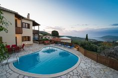 #ideal #apartments for #family #vacation close to #lefkada town! #traditional #summer #holidays #travel #experience #view https://goo.gl/zdX2yo