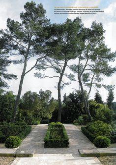BOSC ARCHITECTES - MICHEL SEMINI paysagiste - SOPHIE BOSC décoration - bastide jardin entrée