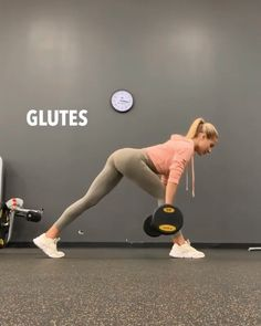 Brutal HIGH REP glute workout Brutal HIGH REP glute workout,Gesundheit und Fitness Sculpt your glutes and lower body with these 6 booty building exercises for women; a complete lower body workout Home Exercise Program, Home Exercise Routines, Workout Programs, At Home Workouts, Fitness Workouts, Gym Workout Videos, Fitness Motivation, Glute Workouts, Fitness Logo