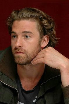 Mens Hairstyles With Beard, Haircuts For Men, Handsome Faces, Handsome Actors, Animal Kingdom Tv Show, Scott Speedman, Robert Scott, Hot Actors, Yesterday And Today