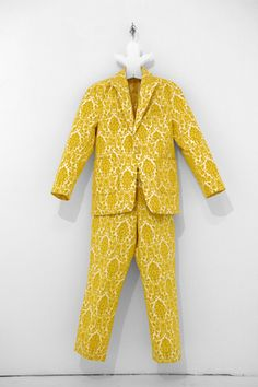 Similar to my great grandmother's curtains -only as a suit # Banane