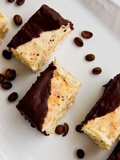 Dessert Recipes, Desserts, Christmas Candy, Pie, Cookies, Ethnic Recipes, Food, Tailgate Desserts, Torte