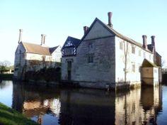 Baddesley Clinton moated manor house