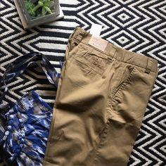 JCrew City fit pants NWT. Size 4 regular. Retails for 49.50. 100% cotton. J. Crew Pants Trousers