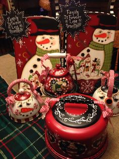 2014 Christmas painted and designed by Lisa Stuckey