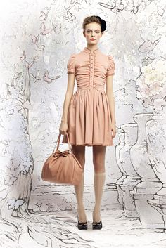 Red Valentino Fall 2012 Ready-to-Wear Collection Photos - Vogue