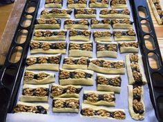 Sweet Desserts, Waffles, Cereal, Food And Drink, Cookies, Breakfast, Cake, Pastries, Fitness