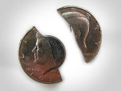 The Tru-Spec Fifty-cent Covert Knife is an innovative escape knife hidden inside a real fifty cent coin.