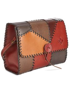 Leather Art, Leather Gifts, Leather Bags Handmade, Leather Purses, Leather Handbags, Crea Cuir, Patricia Nash, Patchwork Bags, Leather Working
