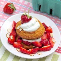 Gluten free strawberry shortcake from @fountainkitchen using almond flour.