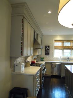 chriskauffman.blogspot.ca: Finally our completed kitchen , from builder basic to dream kitchen