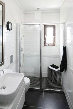 Czarno-biała łazienka. Zobaczcie pomysły projektantów  - zdjęcie numer 13