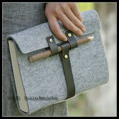 En cuir bois crayon bandage tapirs main vintage portable journal, Portable ( stylo / sac de crayon )