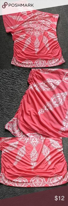 coral off the shoulder top mandala pattern shirt wide sleeve on right shoulder and off the shoulder left side. cinched sides. Wide waist band. Cute fit Studio Y Tops Blouses