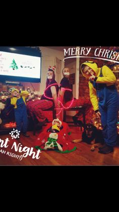 Yeah Right! Christmas Card Pictures, Funny Christmas Cards, Girl Tied Up, Totally Spies, Silent Night, Vintage Comics, Family Photos, Pony, Witch