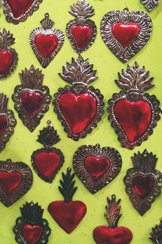 ¡Comparte tus productos por medio de la nueva modalidad de Pinterest! Sagrado Corazon de Lamina repujada, artesania Mexicana.