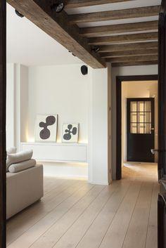 Het Atelier - Interieur (Hooglede, West-Vlaanderen)   project: Project 1 Contemporary Interior, Modern Interior Design, Interior And Exterior, Condo Design, House Design, Architecture Renovation, Modern Farmhouse Exterior, Living Room Flooring, White Decor