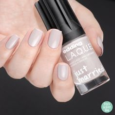 enjoy the ride – edding LAQUE Limited Edition: Just MARRIED – wedding nailpolish collection 2018 – swatch by frischlackiert