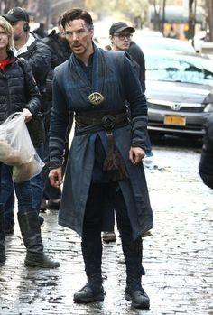 """Benedict Cumberbatch films """"Dr. Strange"""""""