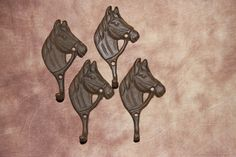 (4)pcs, HORSE HOME DECOR, CAST IRON HORSEHEAD WALL DECOR, WALL HOOKS,,W-18 #Unbranded