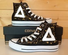This is so fucking fitting--Bastille Converse! Dan's like, always wearing some sort of pair. Bastille Merch, Bastille Band, Dan Smith, Pumped Up Kicks, Band Merch, Girls Be Like, Types Of Shoes, Cool Bands, Diy Fashion