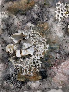 Sewing idea for a gift Textile Texture, Textile Fiber Art, Textile Artists, Mind Map Art, Decay Art, Textiles Sketchbook, A Level Textiles, Growth And Decay, Textile Sculpture