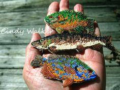 Рыбки, вышитые бисером