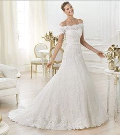 2014 New Custom White / Ivory Lace Applique Beading Vintage Wedding Dress strapless Bridal lace Gowns square shoulder lace wedding dress