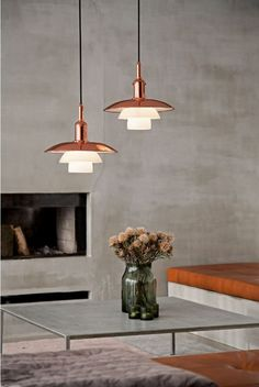 Poul Henningsen (PH), his long-term partner Louis Poulsen is launching a limited edition of one of the first models in the famous PH System. Mid Century Chandelier, Mid Century Lighting, Luxury Lighting, Lighting Design, Lighting Ideas, Modern Lighting, Office Lighting, Modern Lamps, Ph Lamp