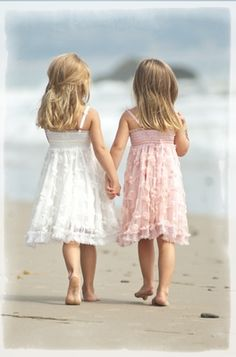 Best friends!... at first glance this reminded me of Kayla and I :) I love you twi-cousin!!