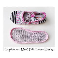"Best 11 podkins: "" Happy Scrap Shoes – The Basic Slipper – Pattern by Ingunn Santini on Ravelry. buy it now "" – SkillOfKing. Scrap Crochet, Crochet Bunny, Crochet Hooks, Crochet Sole, Crochet Slippers, Knit Crochet, Twine Crafts, Blue Bow, Craft Stores"