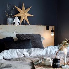 8 Cheap Things to Maximize a Small Bedroom. Christmas Bedroom, Nordic Interior, Nordic Christmas, Interior Decorating, Interior Design, Bed Pillows, Sweet Home, Bedroom Decor, House Design