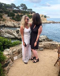 could I ask for a better best pal?! i think not! see you in a month @juliakatherinerose  #outontherhandan #tossinitintossa #costabrava #hendo #bestpals #spain