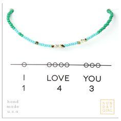 Friendship Bracelet - I Love You 143 - Blue/Emerald Jewelry Stand, Diy Jewelry, Beaded Jewelry, Jewelry Bracelets, Jewelry Making, Diy Bracelet, Jewelry Ideas, Friendship Crafts, Friendship Bracelets