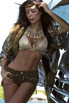 Bikini models latinas indian — photo 13