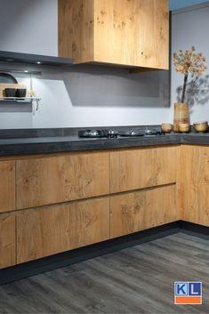 Country Kitchen Designs, Rustic Kitchen Design, Shabby Chic Kitchen, Kitchen Decor, Küchen Design, House Design, Home Coffee Stations, White Kitchen Cabinets, Modern Interior